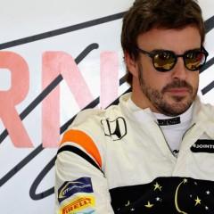 Alonso deja su futuro más en el aire que nunca